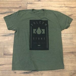 Volcom T-Shirt Green Me's large or XL